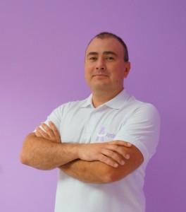 MUDr.Artiom Kazakov Dipl. Tiến sĩ, MBA - Giám đốc Phòng khám, Nha SĩThực hành trên 7 năm